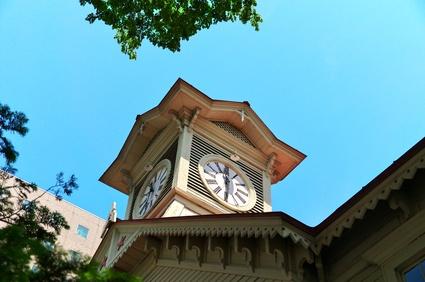 日本の歴史的建造物(札幌市時計台 春)