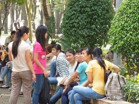 49 ベトナム人はプライベートを聞きたがる (1)