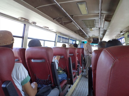 47 バスや列車で20時間乗車は当たり前 (1)