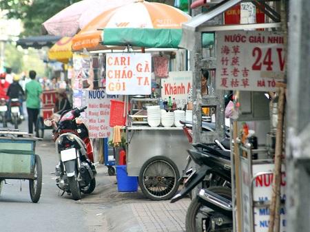80 中華街はベトナムと日本でこうも違う (1)