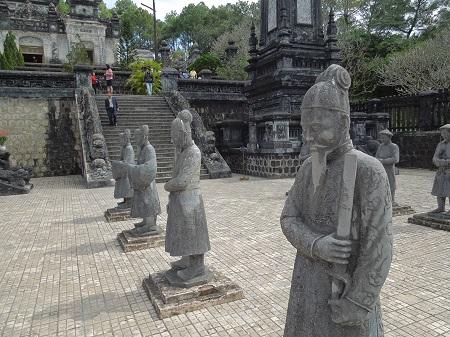 85 ベトナム最後の王朝。世界遺産フエ (1)