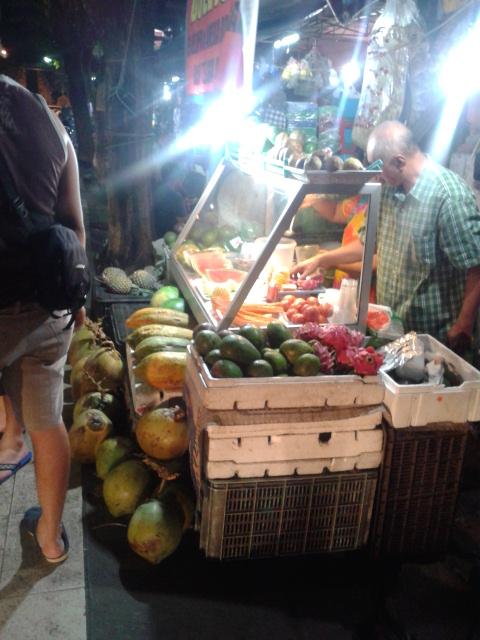 新鮮なフルーツがたくさん