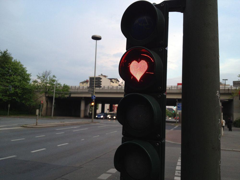 ハート形の赤信号