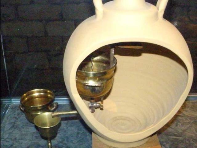 てこの原理を利用した聖水の販売機