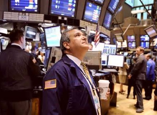 株取引所の男性