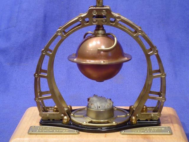 水蒸気で球がまわる仕組み