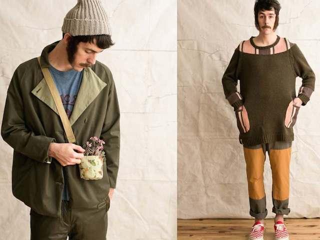 ゆったりとした作りの服を着る男性