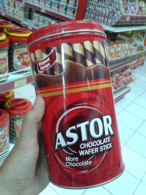 ASTORは現地で人気のお菓子です