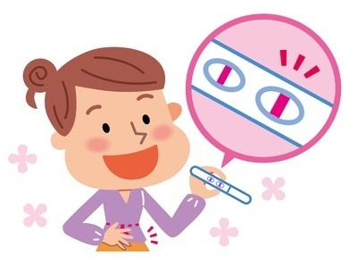 妊娠検査薬を使う女性