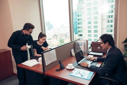 東南アジアのオフィス風景