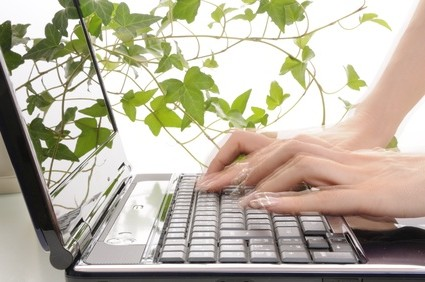 ノートパソコンで高速タイピングする