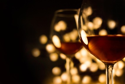 ナイトクラブのワイングラス